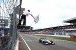 Johnny Cecotto takes the win