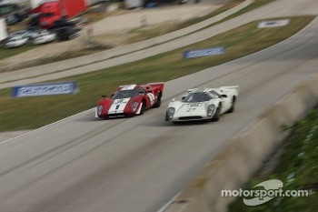 #27 1968 Lola T70 MkIIIB : David Ritter #1 1969 Lola T70 MkIIIb : Peter Kitchak 