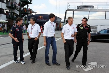 Christian Horner, Red Bull Racing Team Principal; Pasquale Lattuneddu, of the FOM; Toto Wolff, Williams Executive Director; Martin Whitmarsh, McLaren Chief Executive Officer and Eric Boullier, Lotus F1 Team Principal.
