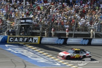 Greg Biffle, Roush Fenway Racing Ford takes the win