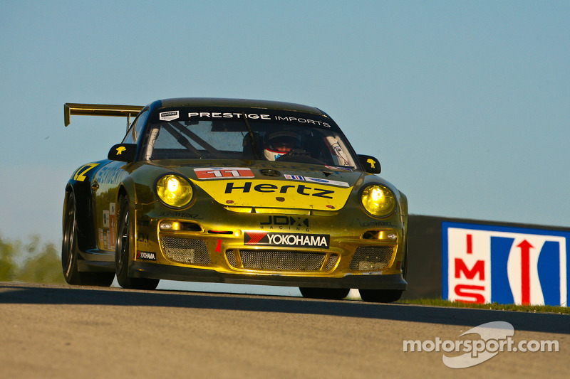 #11 JDX Racing Porsche 911 GT3 Cup: Chris Cumming, Michael Valiante