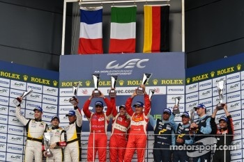 GTE-Am podium: winners Piergiuseppe Perazzini, Marco Cioci, Matt Griffin, second place Patrick Bornhauser, Julien Canal, Fernando Rees, third place Christian Ried, Gianluca Roda, Paolo Ruberti
