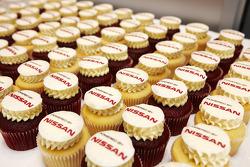 Nissan cupcakes