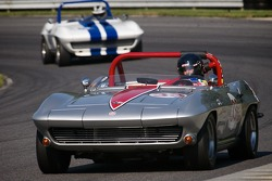 #33 Tom Cotter Davidson, N.C. 1964 Chevy Corvette