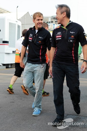 Sebastian Vettel, Red Bull Racing with Paul Cheung, Red Bull Racing Team Chiropractor