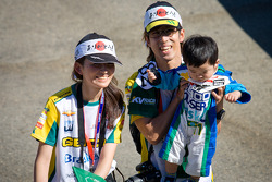 Japanese fans of Tony Kanaan, KV Racing Technology Chevrolet