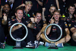 Race winner Sebastian Vettel, Red Bull Racing celebrates with his team