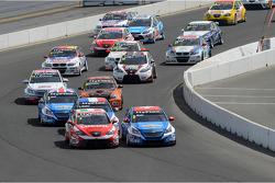 Start of the race, Gabriele Tarquini, Chevrolet Cruze 1.6T, Chevrolet