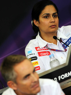 Monisha Kaltenborn, Sauber Managing Director and Martin Whitmarsh, McLaren Chief Executive Officer in the FIA Press Conference
