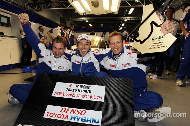 Race winners Alexander Wurz, Nicolas Lapierre, Kazuki Nakajima