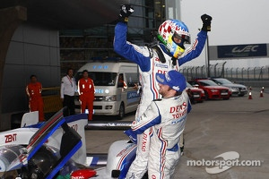 Race winners Alexander Wurz and Nicolas Lapierre celebrate