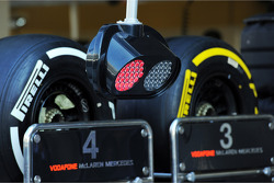 McLaren pit stop light system