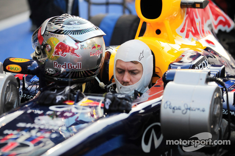 Sebastian Vettel, Red Bull Racing waits to start the race from the pit lane