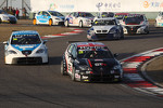 Pepe Oriola, SEAT Leon WTCC, Tuenti Racing Team and Tom Boardman, SEAT Leon WTCC,  Special Tuning Racing