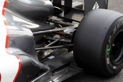Sauber rear suspension and exhaust detail