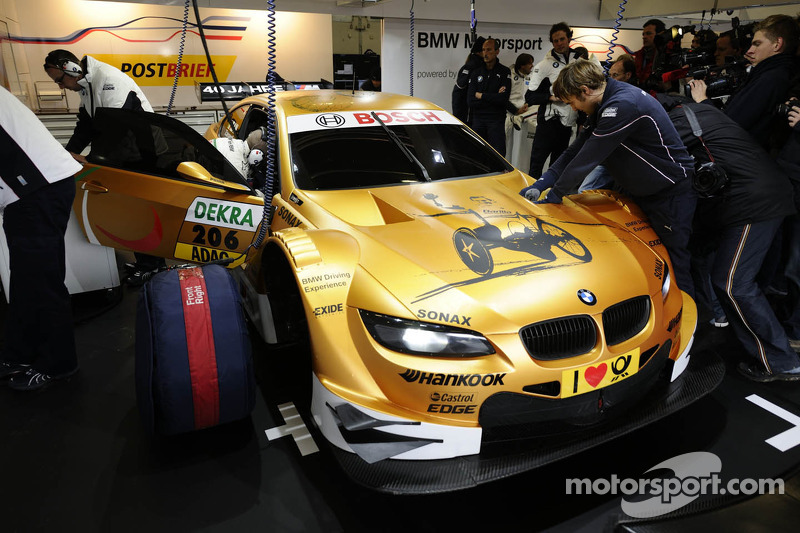 Alex Zanardi tests the BMW M3 DTM