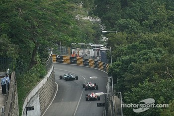 F3 cars on the track