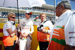 Nico Hulkenberg, Sahara Force India F1 with Bob Fernley, Sahara Force India F1 Team Deputy Team Principal and Dr
