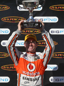 Race winner Craig Lowndes, Team Vodafone