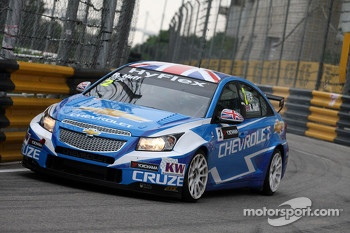 Robert Huff, Chevrolet Cruze