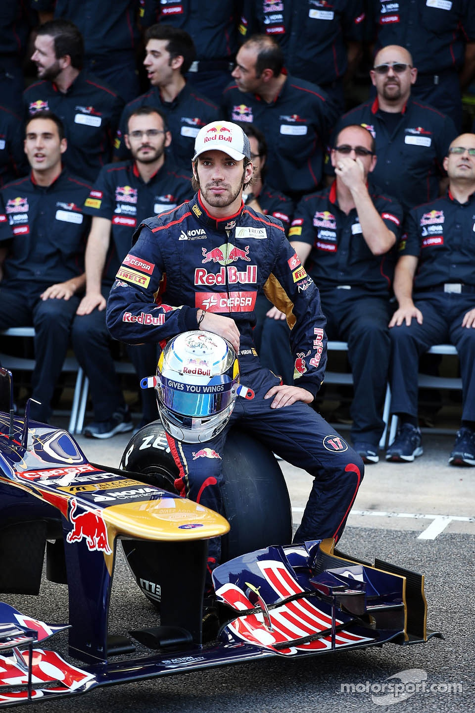 Jean-Eric Vergne, Scuderia Toro Rosso at a team photograph