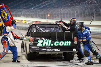 Pit stop for David Starr, Toyota