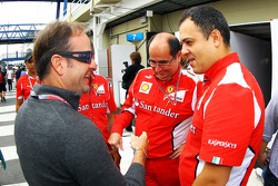Rubens Barrichello, meets former Ferrari friends
