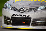 Clint Bowyer, Michael Waltrip Racing Toyota, front detail
