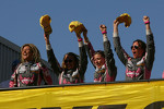 Podium: Liesette Braams, Sheila Verschuur, Gaby Uljee, Paulien Zwart, Sandra van der Sloot