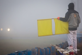 Full-course yellow because of the heavy morning fog