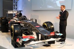 Matt Morris, Sauber Chief Designer with the Sauber C32
