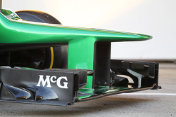 Caterham CT03 nosecone and front wing
