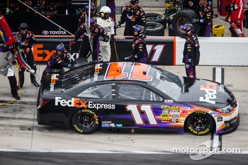 Pit stop for Denny Hamlin, Joe Gibbs Racing Toyota