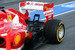 Ferrari F138 rear suspension