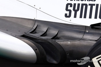 Mercedes AMG F1 W04 exhaust detail