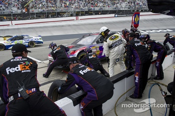 Denny Hamlin, Joe Gibbs Racing Toyota pitstop