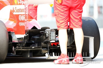 Ferrari F138 rear diffuser running sensor equipment
