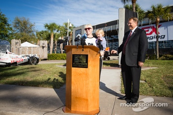 Dan Wheldon Memorial and Victory Circle unveiling ceremony: Susie Wheldon and son Sebastian