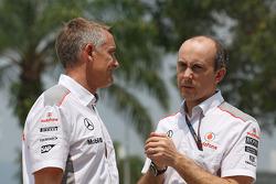 Martin Whitmarsh, McLaren Chief Executive Officer with Phil Prew, McLaren Race Engineer
