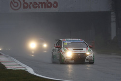 Tiago Monteiro, Castrol Honda World Touring Car Team Honda Civic