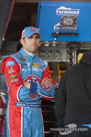 Aric Almirola, Ford