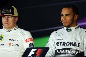 Kimi Raikkonen, Lotus F1 Team and pole sitter Lewis Hamilton, Mercedes AMG F1 in the FIA Press Conference