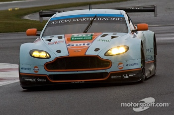 #99 Aston Martin Racing Aston Martin Vantage V8: Paul Dalla Anna, Frederic Makowiecki, Pedro Lamy