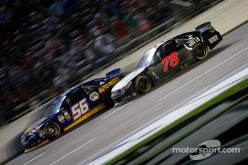 Martin Truex Jr., Michael Waltrip Racing Toyota and Kurt Busch, Furniture Row Racing Chevrolet