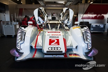 #2 Audi Sport Team Joest Audi R18 e-tron quattro