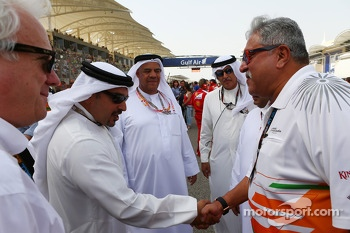 Dr. Vijay Mallya, Sahara Force India F1 Team Owner with HRH Prince Salman bin Hamad Al Khalifa, Crown Prince of Bahrain on the grid