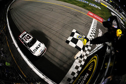 Brad Keselowski takes the win