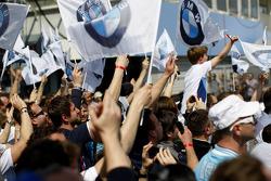 BMW fans