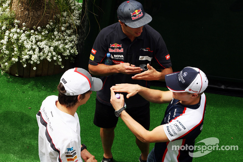 (L to R): Esteban Gutierrez, Sauber with Daniel Ricciardo, Scuderia Toro Rosso and Valtteri Bottas, Williams