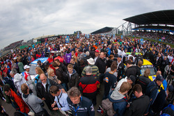 A huge crowd on the starting grid